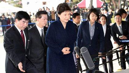 朴槿惠14小时讯问结束 否认全部指控